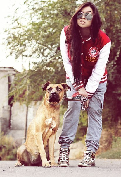 Фото девушек с собачкой на аву