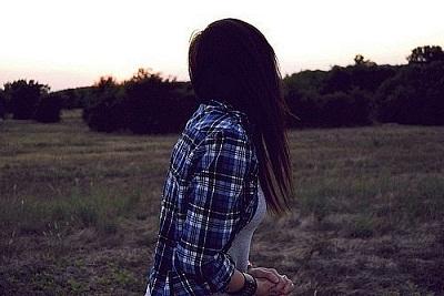 Аватарки для контакта девушка спиной