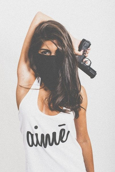 Фото бандитки на аву девушки